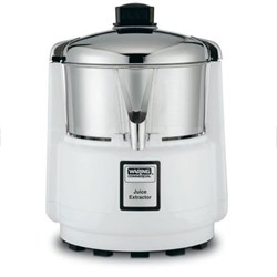 Juicerator 550-Watt Juice Extractor, Quite White and Stainless - OPEN BOX