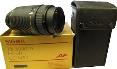 75-300mm f4-5.6 UC APO - OPEN BOX