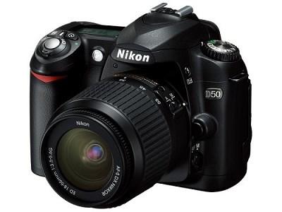 D50 Digital SLR Camera w/ 18-55mm f/3.5-5.6G