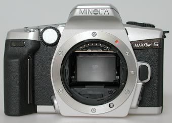 MAXXUM 5 CAMERA BODY WITH MINOLTA USA WARRANTY
