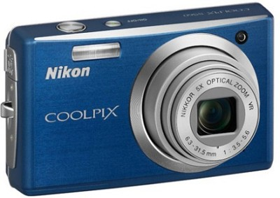 Coolpix S560 Digital Camera (Cool Blue)