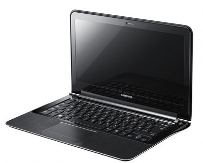 Series 9 NP900X3A-A03US 13.3-Inch   i5 2537M Laptop (Black)