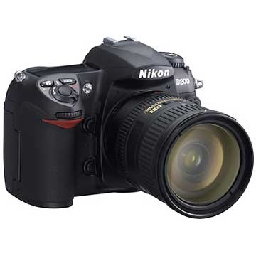 D200 Digital SLR Camera with 18-135mm  Zoom Lens