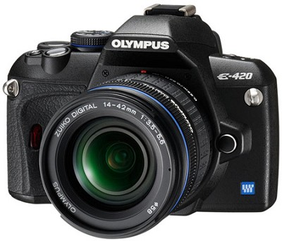 E420 DSLR With 14-42mm Lens