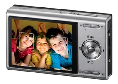 FINEPIX Z100fd 8MP Digital Camera (Satin Silver)