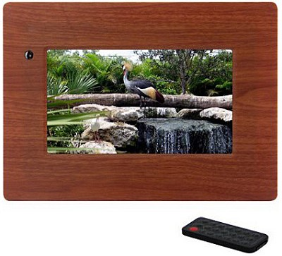 MI-PF 7- inch Digital Picture Frame (wood) w/ remote
