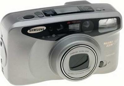Maxima Zoom Quartz Date 130 38-130mm Camera