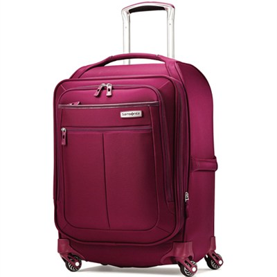 MIGHTlight 19` Spinner Luggage - Berry