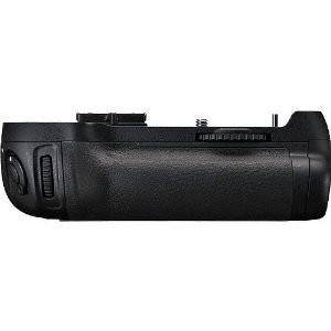 Vertical Battery Grip for Nikon D800- (Replaces MB-D12) - OPEN BOX