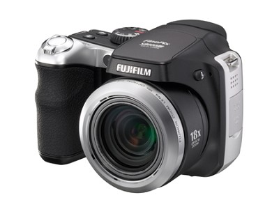 FINEPIX S8000fd 8 Mp SLR Styled Digital Camera