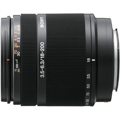 SAL18200 - 18-200mm f/3.5-6.3 DT Aspherical Autofocus Lens for Sony Alpha DSLR's