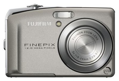 FINEPIX F50 SE - 12 MP Digital Camera with free 2GB SD Memory Card
