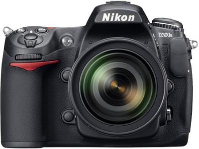D300S DX-format Digital SLR Outfit w/ 18-200II DX VR Zoom Lens