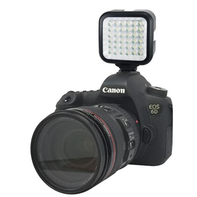 SLR Photo and Video Battery Powered LED Light