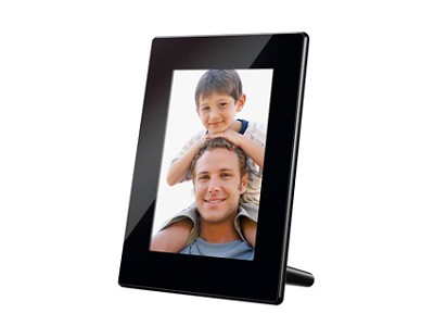 DPF-HD700 7 Inch Digital Picture Frame w 2GB Memory and HD Video